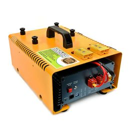Battery charger (carry) BCD-1280 — Australian Made by Durst Industries